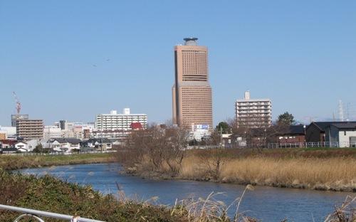 2010/01/16撮影 馬込川とアクトタワー